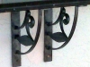counter-brackets-close-up